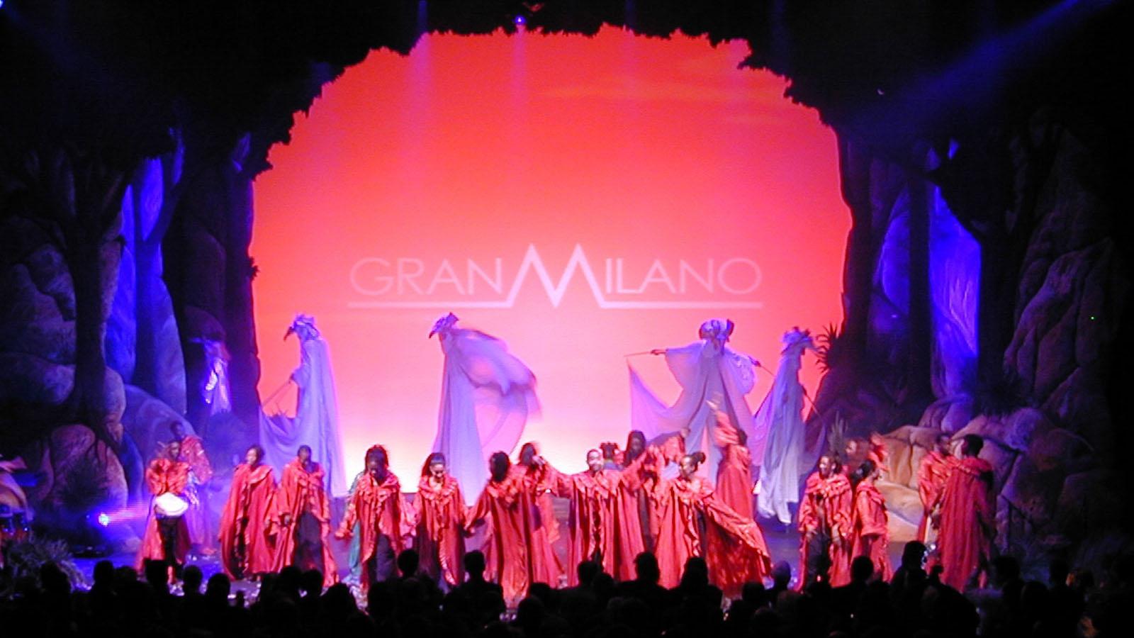 2002_GRANMILANO_convention3