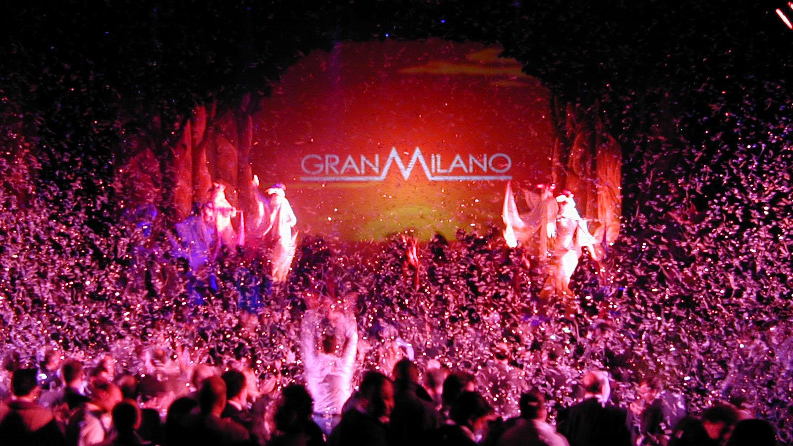 2002_GRANMILANO_convention8