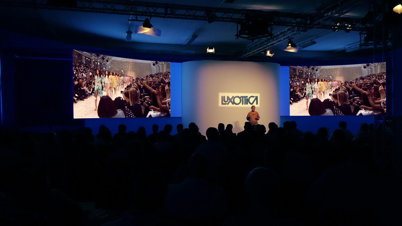 2013_LUXOTTICA_management-meeting4
